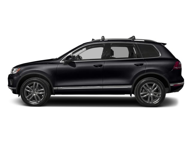 Deep Black Pearl 2017 Volkswagen Touareg Pictures Touareg V6 Wolfsburg Edition photos side view