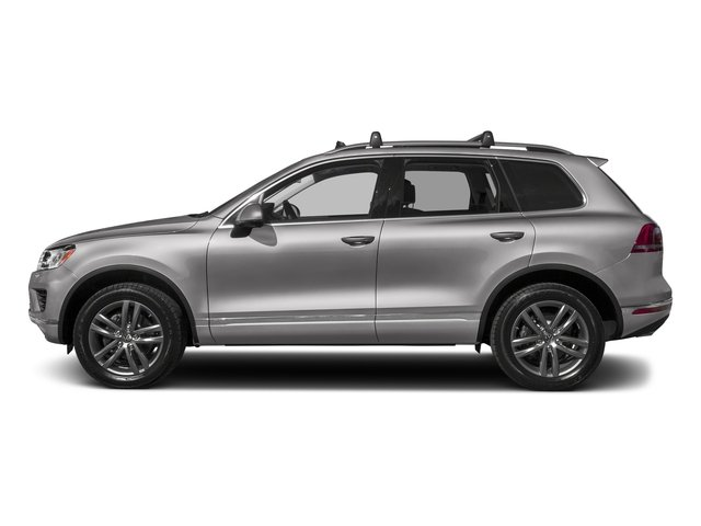 Reflex Silver Metallic 2017 Volkswagen Touareg Pictures Touareg V6 Wolfsburg Edition photos side view