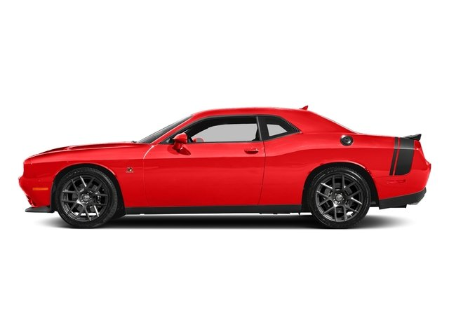 Go Mango 2018 Dodge Challenger Pictures Challenger R/T Scat Pack RWD photos side view