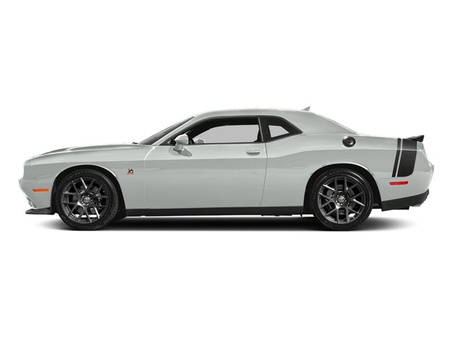 White Knuckle Clearcoat 2018 Dodge Challenger Pictures Challenger R/T Scat Pack RWD photos side view