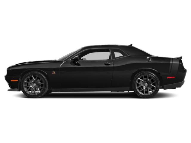 Pitch Black Clearcoat 2018 Dodge Challenger Pictures Challenger R/T Scat Pack RWD photos side view
