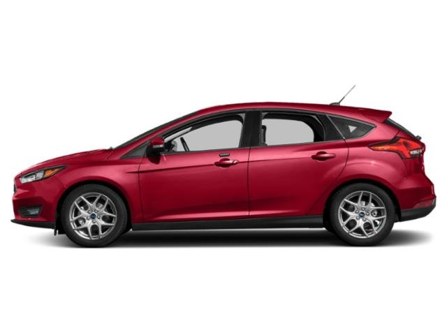 Hot Pepper Red Metallic Tinted Clearcoat 2018 Ford Focus Pictures Focus SEL Hatch photos side view