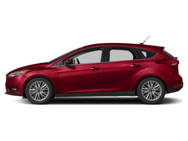 Hot Pepper Red Metallic Tinted Clearcoat 2018 Ford Focus Pictures Focus Titanium Hatch photos side view