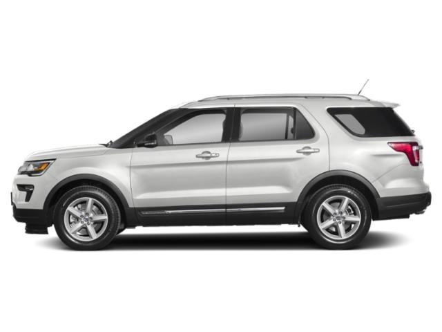 Oxford White 2018 Ford Explorer Pictures Explorer XLT 4WD photos side view