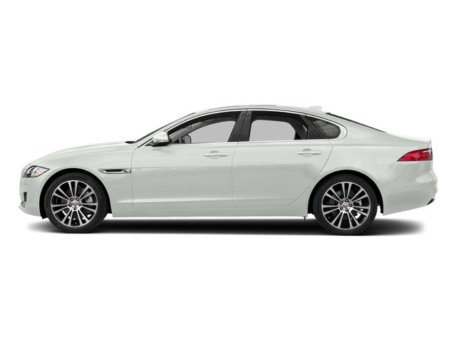 Fuji White 2018 Jaguar XF Pictures XF Sedan 20d Prestige AWD photos side view