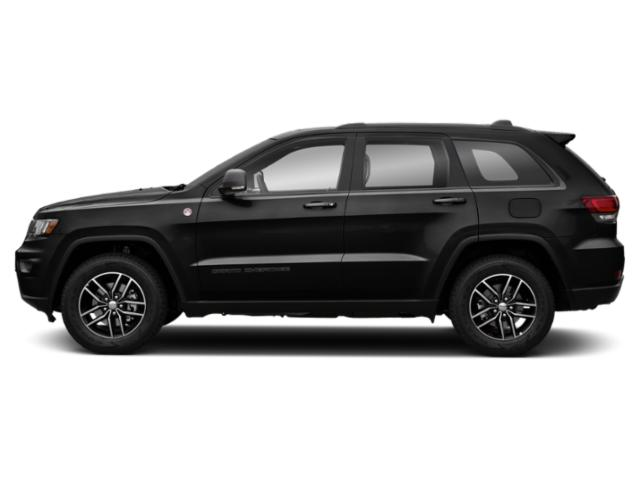 Diamond Black Crystal Pearlcoat 2018 Jeep Grand Cherokee Pictures Grand Cherokee Utility 4D Trailhawk 4WD V6 T-Dsl photos side view