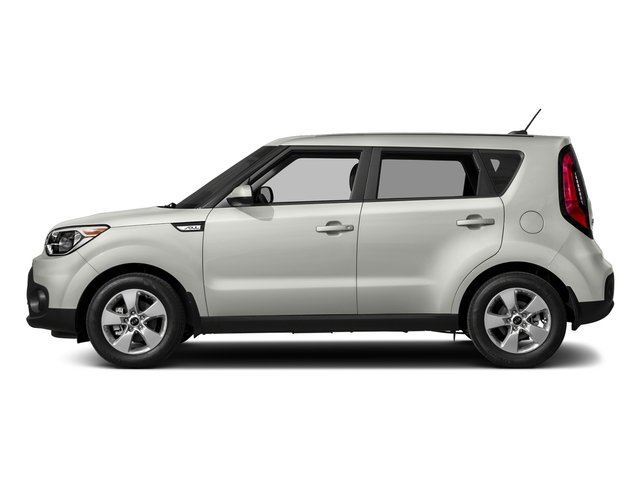 Clear White 2018 Kia Soul Pictures Soul Base Auto photos side view