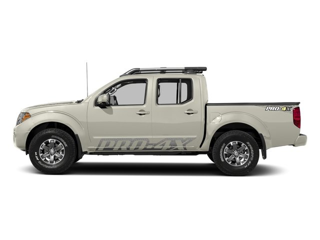 Glacier White 2018 Nissan Frontier Pictures Frontier Crew Cab 4x4 PRO-4X Manual photos side view