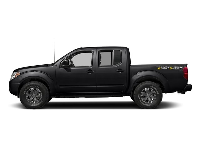 Magnetic Black 2018 Nissan Frontier Pictures Frontier Crew Cab Desert Runner 2WD photos side view