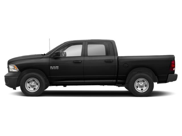 Brilliant Black Crystal Pearlcoat 2018 Ram Truck 1500 Pictures 1500 Express 4x4 Crew Cab 5'7 Box photos side view