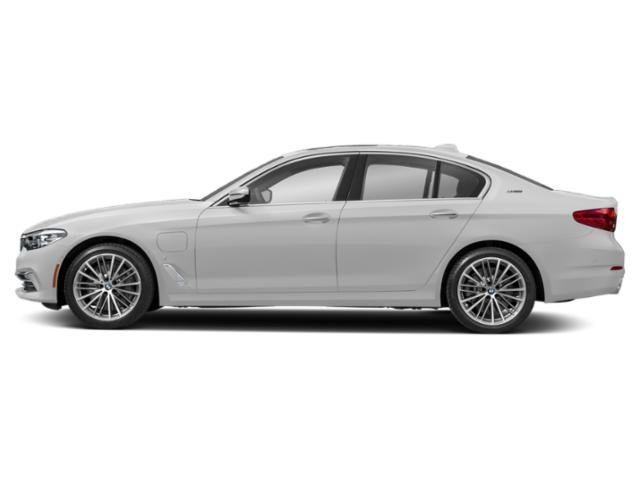 Mineral White Metallic 2019 BMW 5 Series Pictures 5 Series 530e xDrive iPerformance Plug-In Hybrid photos side view
