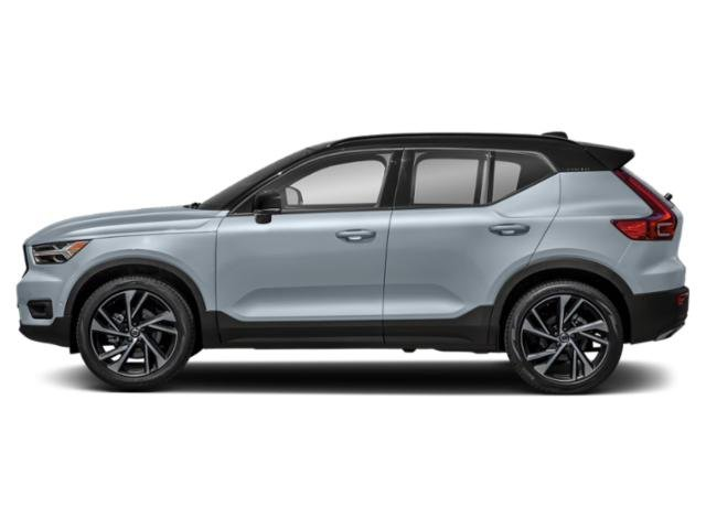 Bright Silver Metallic 2019 Volvo XC40 Pictures XC40 T4 FWD R-Design photos side view