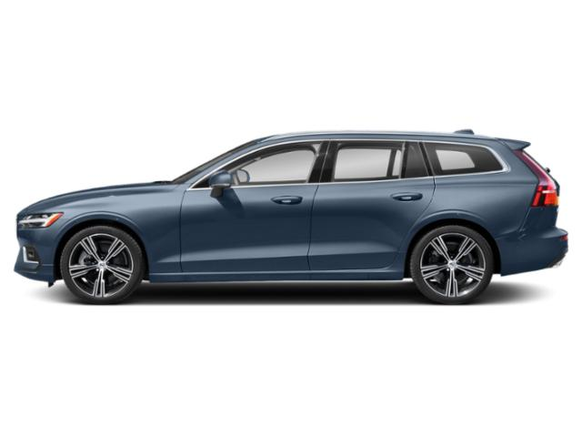 Denim Blue Metallic 2021 Volvo V60 Pictures V60 T5 FWD Momentum photos side view