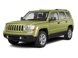Optic Green Metallic 2010 Jeep Patriot Pictures Patriot Utility 4D Sport 2WD photos front view