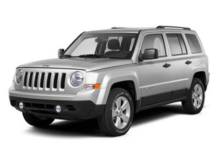 Bright Silver Metallic 2010 Jeep Patriot Pictures Patriot Utility 4D Sport 2WD photos front view