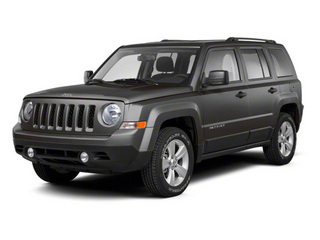 Mineral Gray Metallic 2013 Jeep Patriot Pictures Patriot Utility 4D Limited 2WD photos front view