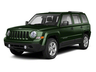 Black Forest Green Pearl 2013 Jeep Patriot Pictures Patriot Utility 4D Limited 2WD photos front view