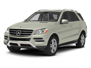Iridium Silver Metallic 2013 Mercedes-Benz M-Class Pictures M-Class Utility 4D ML350 BlueTEC AWD photos front view