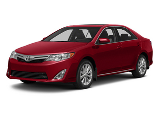 Barcelona Red Metallic 2013 Toyota Camry Pictures Camry Sedan 4D XLE V6 photos front view