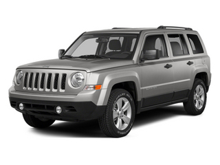Bright Silver Metallic Clearcoat 2014 Jeep Patriot Pictures Patriot Utility 4D Limited 2WD photos front view