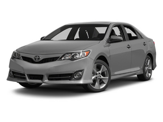 Classic Silver Metallic 2014 Toyota Camry Pictures Camry Sedan 4D LE I4 photos front view