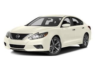 Pearl White 2016 Nissan Altima Pictures Altima Sedan 4D SR V6 photos front view