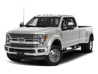 Oxford White 2017 Ford Super Duty F-450 DRW Pictures Super Duty F-450 DRW Crew Cab Lariat 4WD T-Diesel photos front view