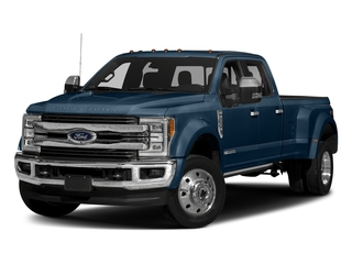 Blue Jeans Metallic 2017 Ford Super Duty F-450 DRW Pictures Super Duty F-450 DRW Crew Cab King Ranch 4WD T-Diesel photos front view