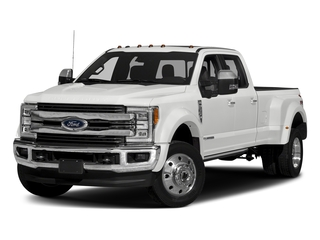 Oxford White 2017 Ford Super Duty F-450 DRW Pictures Super Duty F-450 DRW Crew Cab King Ranch 4WD T-Diesel photos front view