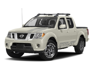 Glacier White 2017 Nissan Frontier Pictures Frontier Crew Cab PRO-4X 4WD photos front view