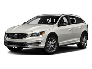 Crystal White Pearl 2017 Volvo V60 Cross Country Pictures V60 Cross Country Wagon 5D T5 Platinum AWD I4 Turbo photos front view