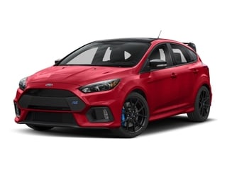 Race Red 2018 Ford Focus Pictures Focus Hatchback 5D RS AWD I4 Turbo photos front view