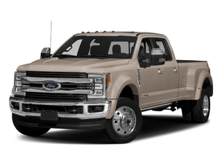 White Gold Metallic 2018 Ford Super Duty F-450 DRW Pictures Super Duty F-450 DRW Crew Cab King Ranch 2WD T-Diesel photos front view