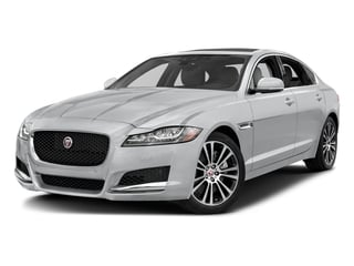 Yulong White Metallic 2018 Jaguar XF Pictures XF Sedan 30t Prestige RWD photos front view