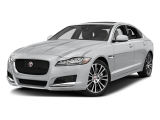 Yulong White Metallic 2018 Jaguar XF Pictures XF Sedan 20d Prestige AWD photos front view