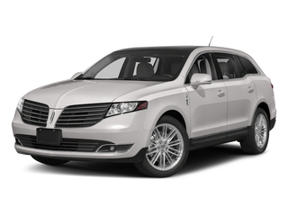 White Platinum Metallic Tri-Coat 2018 Lincoln MKT Pictures MKT Wagon 4D Town Car AWD V6 photos front view