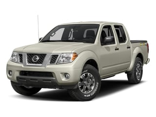 Glacier White 2018 Nissan Frontier Pictures Frontier Crew Cab Desert Runner 2WD photos front view