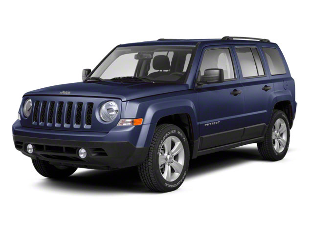 Blackberry Pearl 2011 Jeep Patriot Pictures Patriot Utility 4D Latitude 2WD photos front view