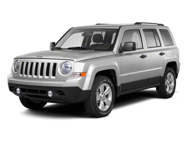 Bright Silver Metallic 2012 Jeep Patriot Pictures Patriot Utility 4D Limited 2WD photos front view