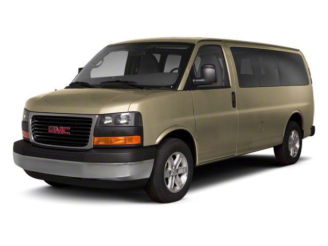 Sand Beige Metallic 2013 GMC Savana Passenger Pictures Savana Passenger Savana LT 135 photos front view
