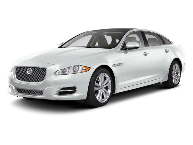 Polaris White 2013 Jaguar XJ Pictures XJ Sedan 4D AWD V6 photos front view