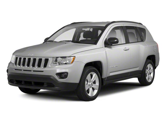 Bright Silver Metallic 2013 Jeep Compass Pictures Compass Utility 4D Latitude 4WD photos front view
