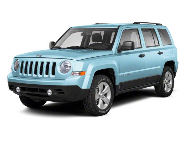 Winter Chill Pearl 2013 Jeep Patriot Pictures Patriot Utility 4D Limited 2WD photos front view