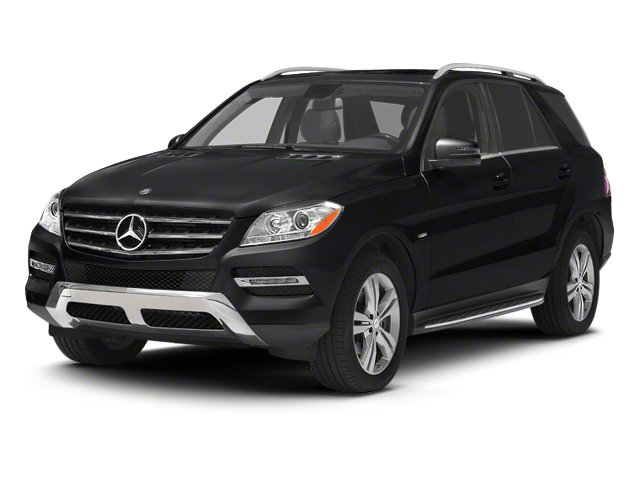 Black 2013 Mercedes-Benz M-Class Pictures M-Class Utility 4D ML350 BlueTEC AWD photos front view