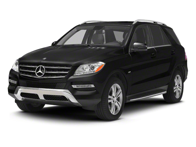 Obsidian Black Metallic 2013 Mercedes-Benz M-Class Pictures M-Class Utility 4D ML350 BlueTEC AWD photos front view