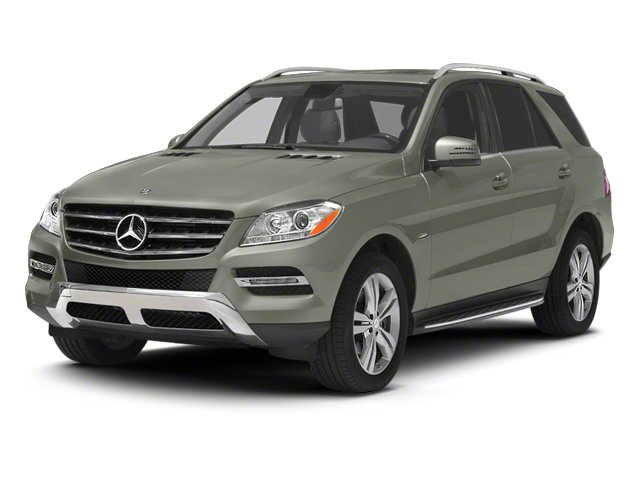 Palladium Silver Metallic 2013 Mercedes-Benz M-Class Pictures M-Class Utility 4D ML350 BlueTEC AWD photos front view