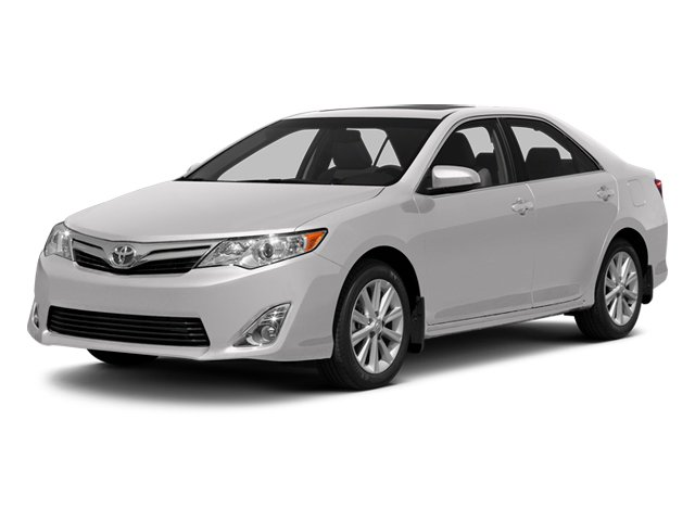 Super White 2013 Toyota Camry Pictures Camry Sedan 4D XLE V6 photos front view