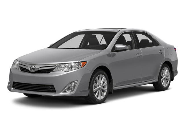 Classic Silver Metallic 2013 Toyota Camry Pictures Camry Sedan 4D XLE V6 photos front view