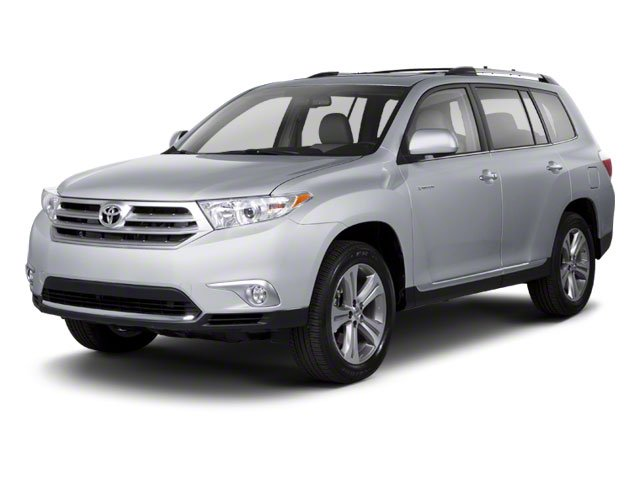 Classic Silver Metallic 2013 Toyota Highlander Pictures Highlander Utility 4D 2WD I4 photos front view