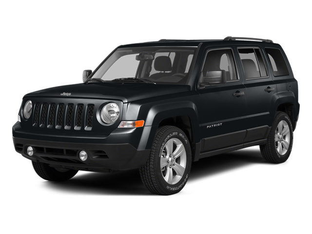 Maximum Steel Metallic Clearcoat 2014 Jeep Patriot Pictures Patriot Utility 4D Latitude 4WD photos front view